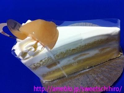 大阪スイーツレポーターちひろの辛口スイーツランキング ~スーパースイーツ男子がスイーツを斬る~-ポッシュ・ドゥ・レーヴ芦屋の桃のショートケーキ