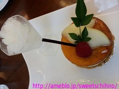 大阪スイーツレポーターちひろの辛口スイーツランキング ~スーパースイーツ男子がスイーツを斬る~-五感カフェの洋梨とバニラのシブースト