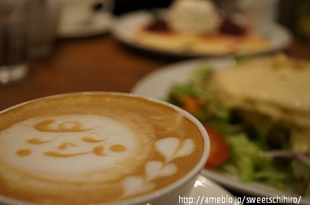 大阪スイーツレポーターちひろの辛口スイーツランキング-大阪京橋 パンケーキ専門店 mog