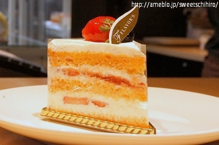 大阪スイーツレポーターちひろの辛口スイーツランキング-トマトのショートケーキ