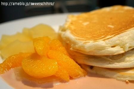 大阪スイーツレポーターちひろの辛口スイーツランキング-ヴォイラカフェ オレンジパンケーキ