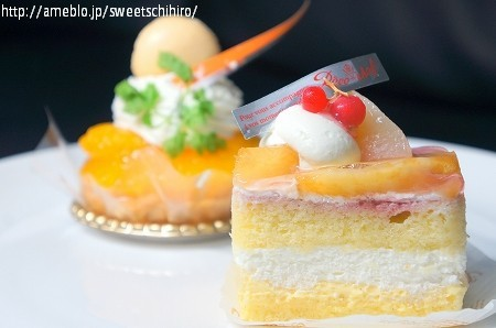 大阪スイーツレポーターちひろの辛口スイーツランキング-レーヴ・ドゥ・シェフ 白桃のショートケーキ