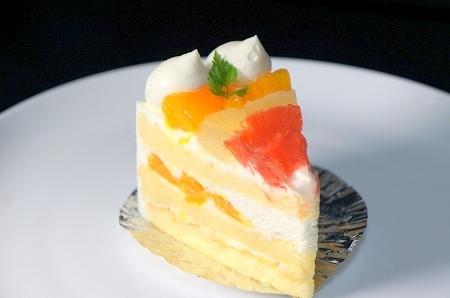 大阪スイーツレポーターちひろの辛口スイーツランキング-ボックサン 夏の柑橘ショートケーキ
