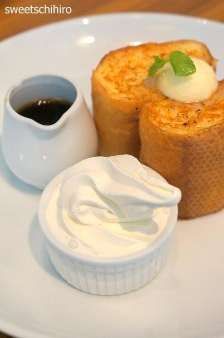 大阪スイーツレポーターちひろの辛口スイーツランキング-バター フレンチトースト