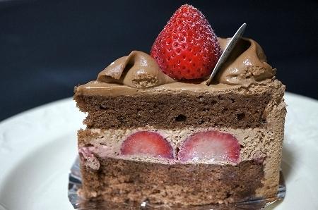 大阪スイーツレポーターちひろの辛口スイーツランキング-ムッシュマキノ チョコレートショートケーキ