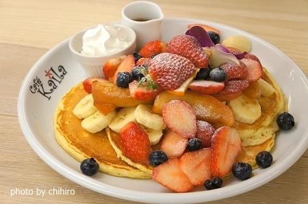 大阪スイーツレポーターちひろの辛口スイーツランキング-カフェ カイラ ハワイアンパンケーキ