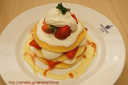 大阪スイーツレポーターちひろの辛口スイーツランキング-ブラザーズカフェパンケーキ