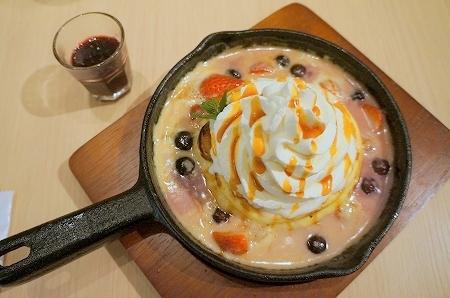 大阪スイーツレポーターちひろの辛口スイーツランキング-ブラザーズカフェ グラタンパンケーキ