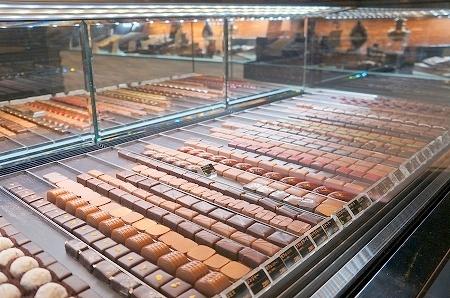 大阪スイーツレポーターちひろの辛口スイーツランキング-エスコヤマのショコラ専門店 ロジラ