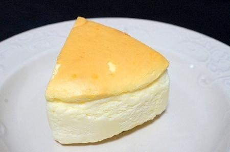 $大阪スイーツレポーターちひろの辛口スイーツランキング-チャウチャウ チーズケーキ