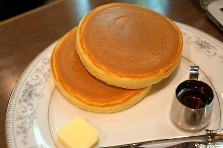 $大阪スイーツレポーターちひろのおいしいスイーツランキング-大阪難波 丸福珈琲本店 パンケーキ