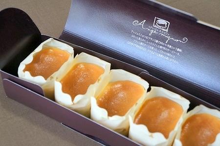 $大阪スイーツレポーターちひろのおいしいスイーツランキング-アンジュミニョン チーズケーキ