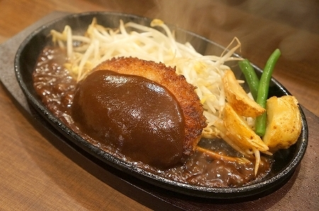 $大阪スイーツレポーターちひろのおいしいスイーツランキング-ステーキとハンバーグのタケル福島店