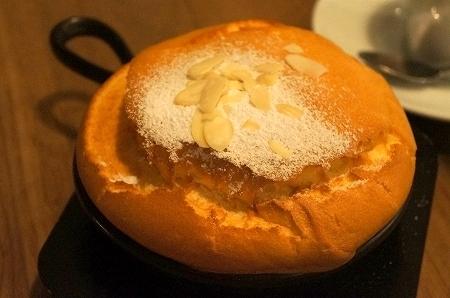 $大阪スイーツレポーターちひろのおいしいスイーツランキング-フロッグスダイナのスフレパンケーキ