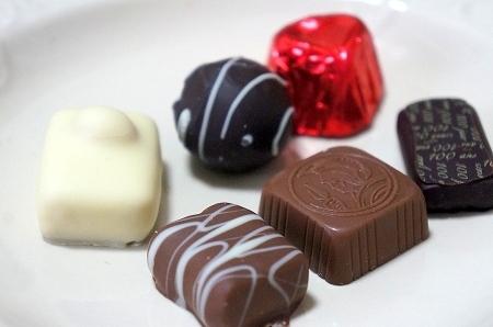 $大阪スイーツレポーターちひろのおいしいスイーツランキング-レオニダス バレンタインチョコレート