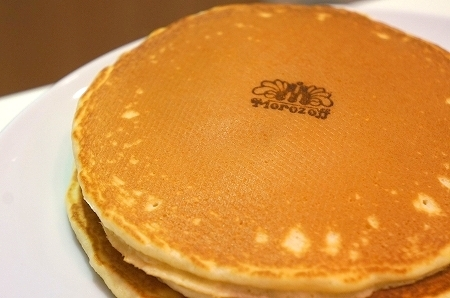 $大阪スイーツレポーターちひろのおいしいスイーツランキング-カフェモロゾフの美味しいパンケーキ
