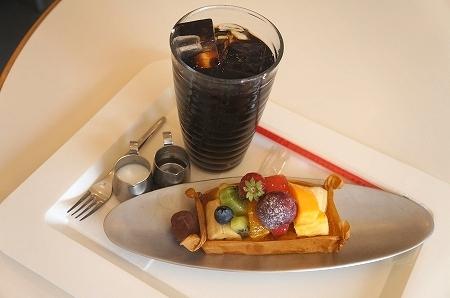 $大阪スイーツレポーターちひろのおいしいスイーツランキング-ブロードハースト フルーツタルト