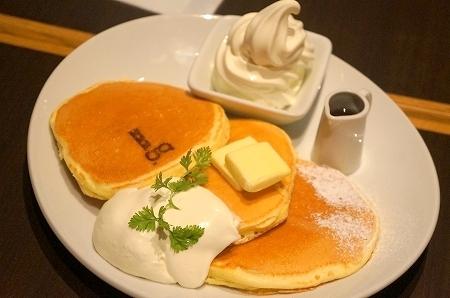 $大阪スイーツレポーターちひろのおいしいスイーツランキング-ハワイアンパンケーキカフェ mg(エムジー)