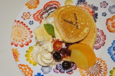 $大阪スイーツレポーターちひろのおいしいスイーツランキング-阪急うめだロカンダのパンケーキ