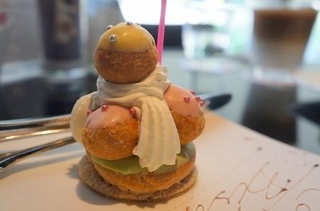 $大阪スイーツレポーターちひろのおいしいスイーツランキング-北浜FOCE バースデーケーキ