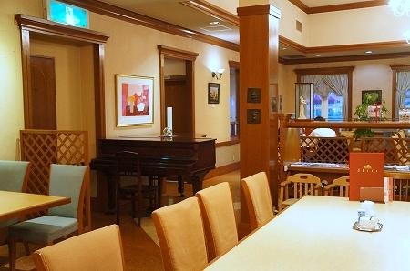 大阪スイーツレポーターちひろのおいしいスイーツランキング-香川県 shika スーパーメロンショートケーキ