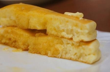 $大阪スイーツレポーターちひろのおいしいスイーツランキング-東梅田サンシャイン 美味しいホットケーキ