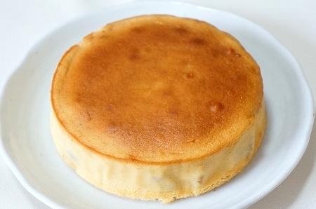 $大阪スイーツレポーターちひろのおいしいスイーツランキング-三田日向牧場のリコッタチーズケーキ