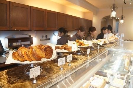 $大阪スイーツレポーターちひろのおいしいスイーツランキング-大阪本町 ドゥブルベ・ボレロ