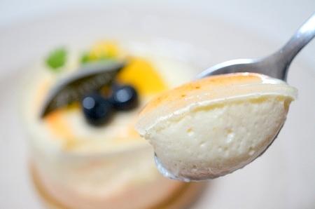 $大阪スイーツレポーターちひろのおいしいスイーツランキング-赤万願寺とうがらしのレアチーズ