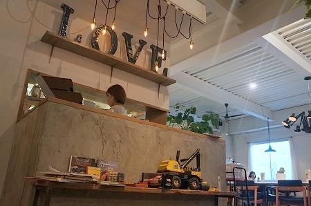 $大阪スイーツレポーターちひろのおいしいスイーツランキング-パンケーキ専門店butter姉妹店 B-cafe