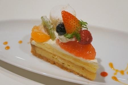 $大阪スイーツレポーターちひろのおいしいスイーツランキング-大阪本町エンジェルビーのおいしいケーキ
