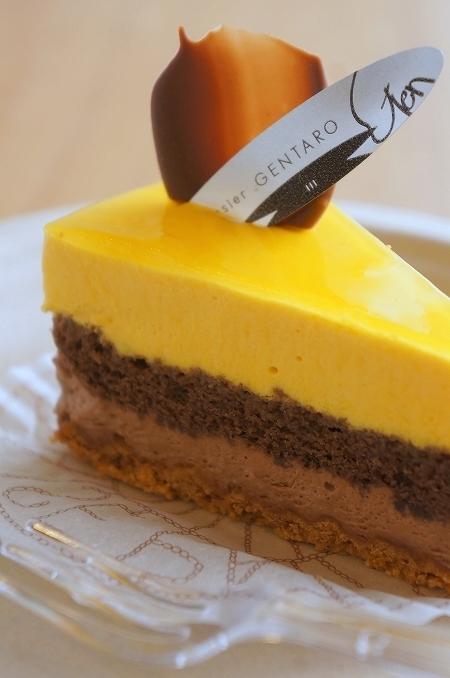大阪スイーツレポーターちひろのおいしいスイーツランキング-パティシエ ゲンタロウ マンゴーとチョコレート