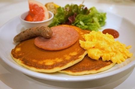 大阪スイーツレポーターちひろのおいしいスイーツランキング-Butter(バター) モーニングパンケーキ