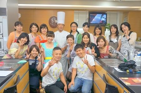 $大阪スイーツレポーターちひろのおいしいスイーツランキング-日本一のロールケーキ教室