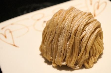 大阪スイーツレポーターちひろの辛口スイーツランキング-大阪のおいしいモンブラン