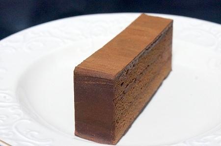 $大阪スイーツレポーターちひろの辛口スイーツランキング-ヒロコーヒー 絶品濃厚チョコレートケーキ柱