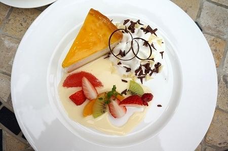 デリチュース箕面本店でチーズケーキを堪能