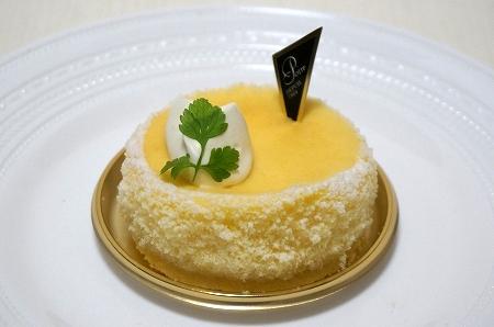 北新地ポアール チーズケーキ