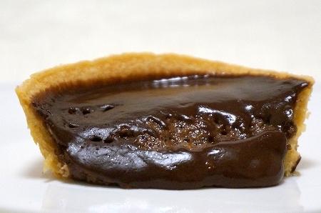 DSC0596期間限定パブロ×ファミマコラボスイーツ「チョコチーズタルト」