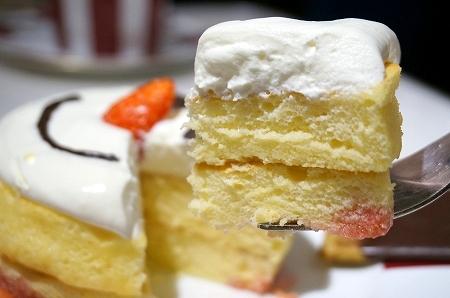 三越伊勢丹 ラポーズ スノーマンパンケーキ