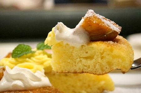 ガスト 安納芋の焼きたてパンケーキ