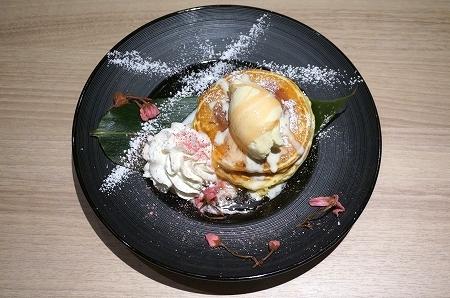 グランフロント大阪 URGE 和風ハイブリッドパンケーキ