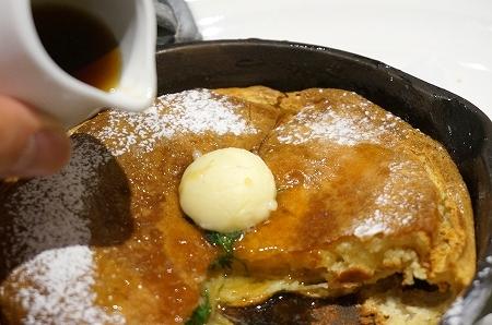 パンケーキ専門店バター ハイブリッドパンケーキ