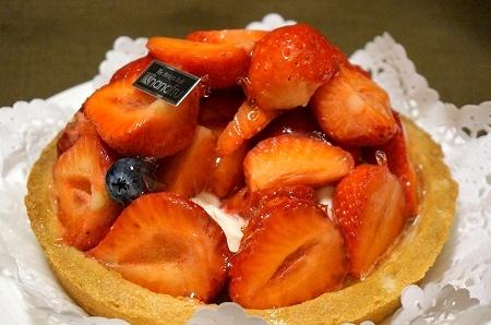 阪神百貨店梅田本店 ハナフル あまおう苺タルト
