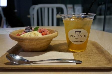 グランフロント大阪 ダウンステアーズコーヒー大阪 アサイーボウル