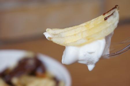 神戸モザイク カルビープラス ロイズのチョコ味ソフトクリーム