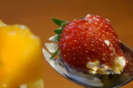 アローツリー西宮本店 フルーツたっぷりパフェ
