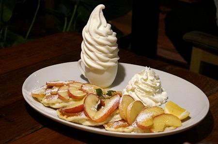 寝屋川市 コナズコーヒー アップルパンケーキ