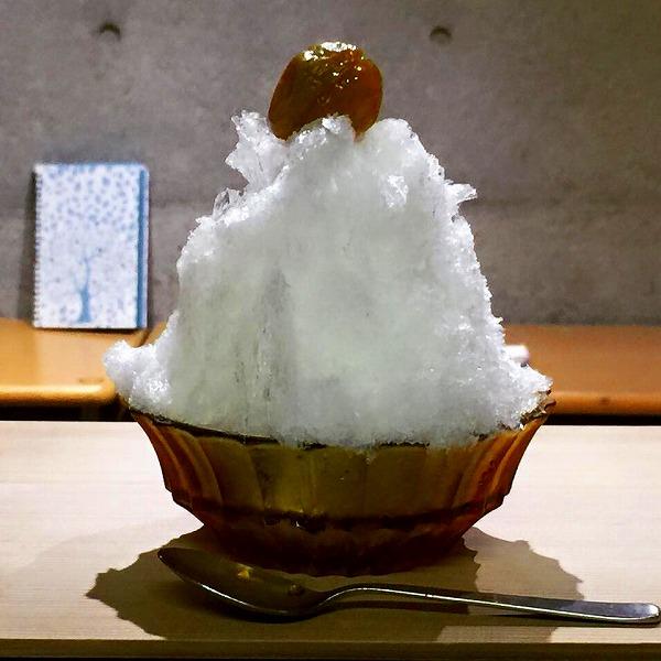 奈良県明日香村のトマト&梅のかき氷