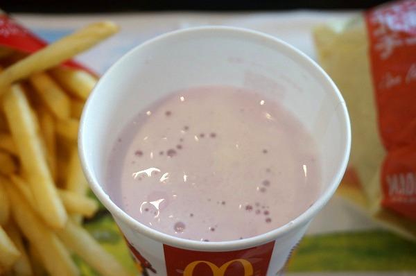 マクドナルド 紫いもシェイク